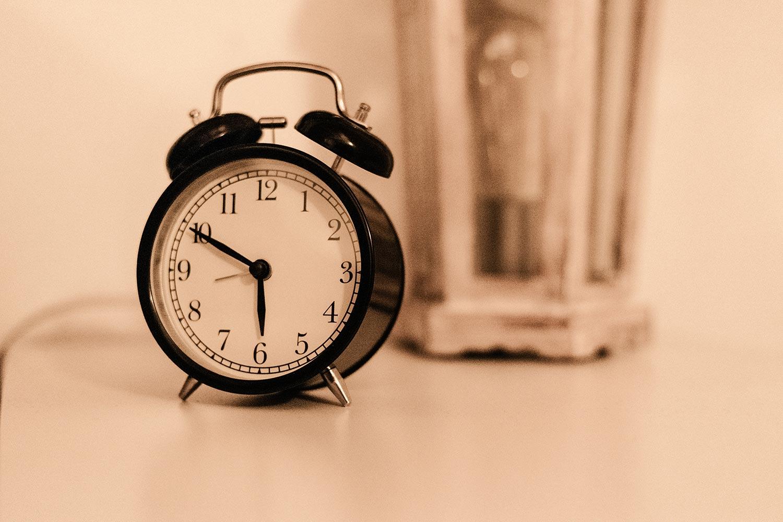 שעון מעורר קשה לקום בבוקר